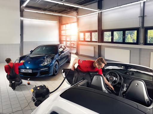 Porsche Service.